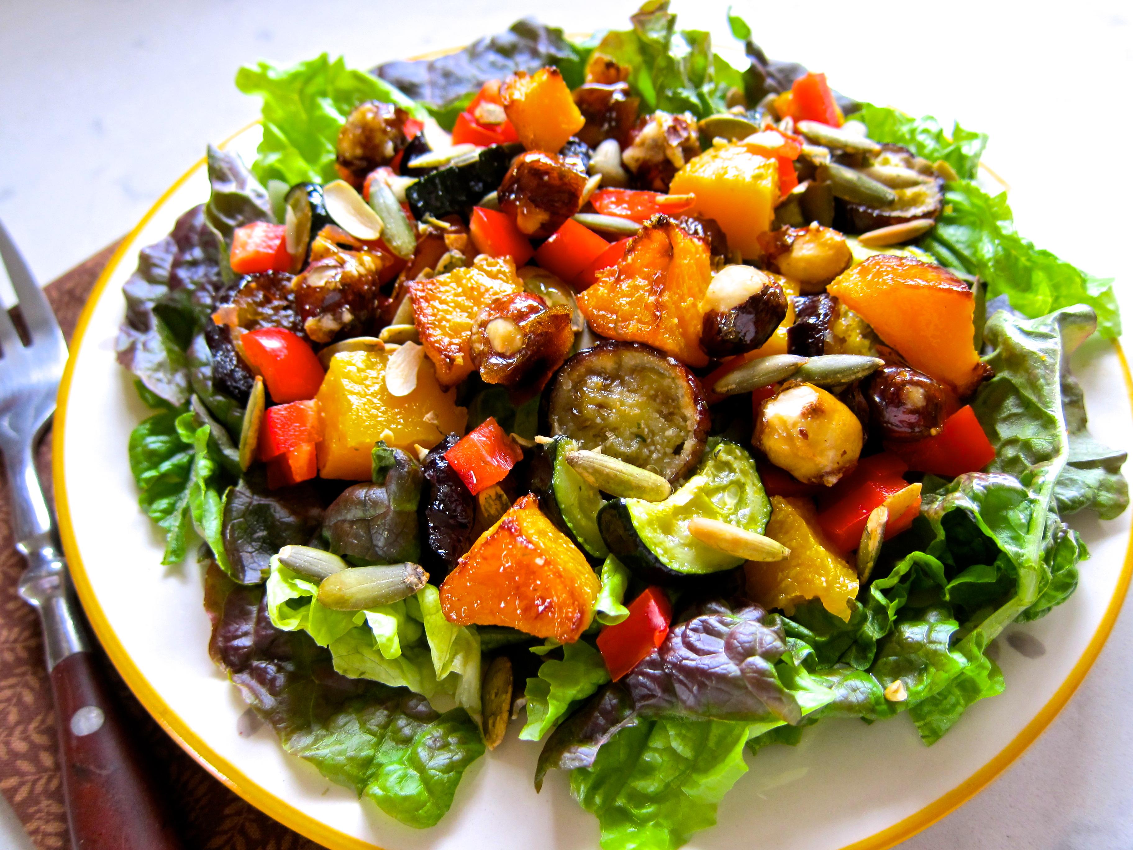 Roasted Veggie Salad | The Thankful Heart
