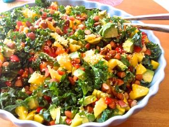 Mango Strawberry Avocado Salad The Thankful Heart