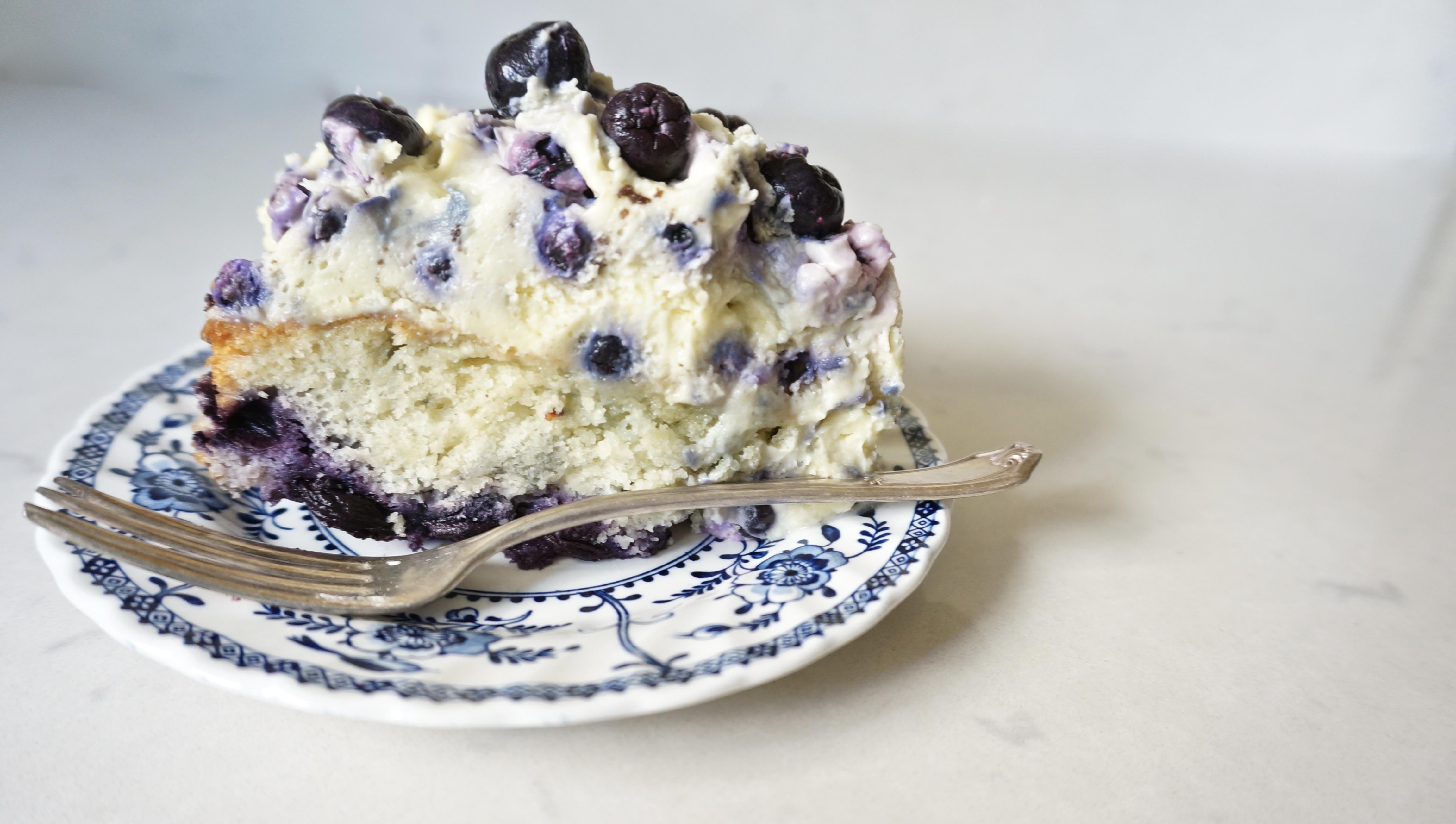 Blueberry Cream Cake | The Thankful Heart